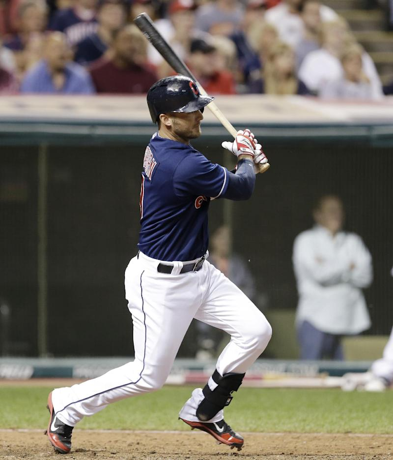 Indians rally to beat White Sox 7-4