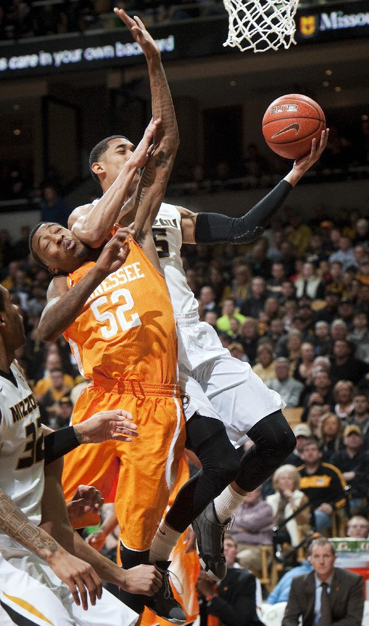 Missouri edges Tennessee 75-70