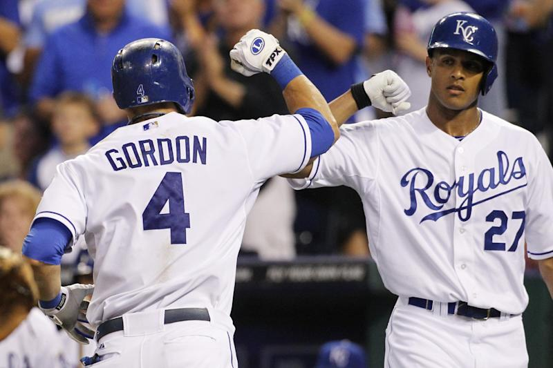 Maxwell homers again to lead Royals over Red Sox