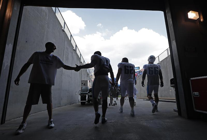Titans hit road for 1st time with trip to Atlanta