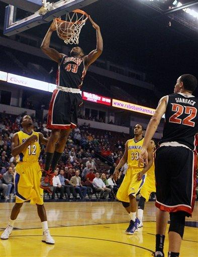 No. 17 UNLV routs Cal State Bakersfield 89-57