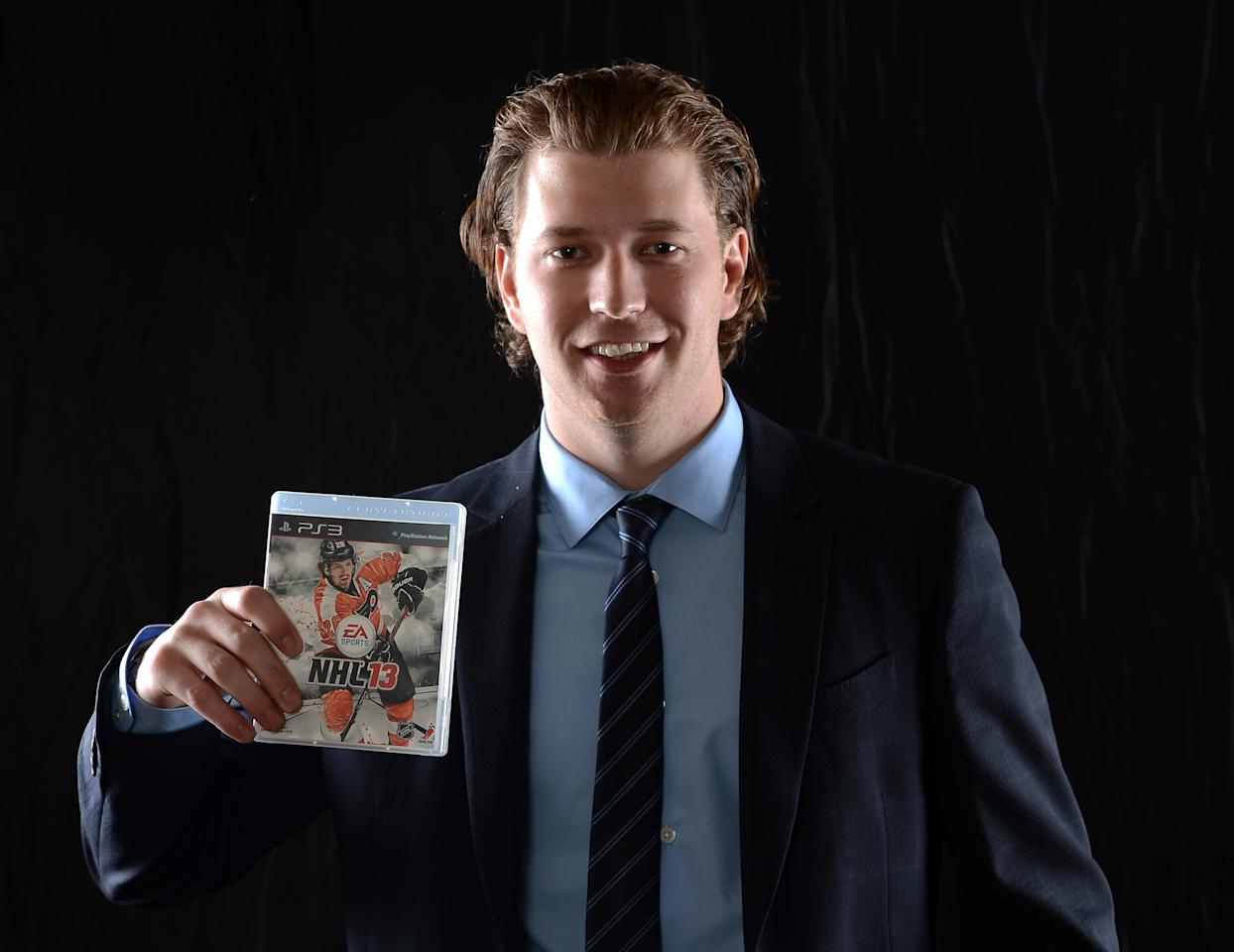 LAS VEGAS, NV - JUNE 20:  Claude Giroux of the Philadelphia Flyers poses after being named the EA SPORTS NHL13 cover athlete during the 2012 NHL Awards at the Encore Theater at the Wynn Las Vegas on June 20, 2012 in Las Vegas, Nevada.  (Photo by Harry How/Getty Images)
