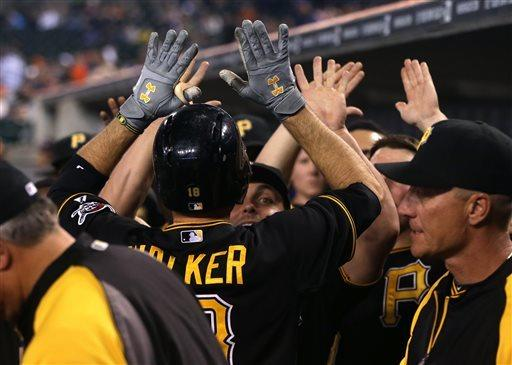 Walker's homer in 11th lifts Pirates over Tigers
