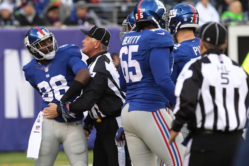Giants fading and close to feuding in bad season