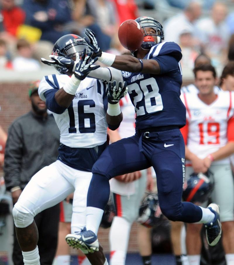 Offense edges defense at Ole Miss spring game