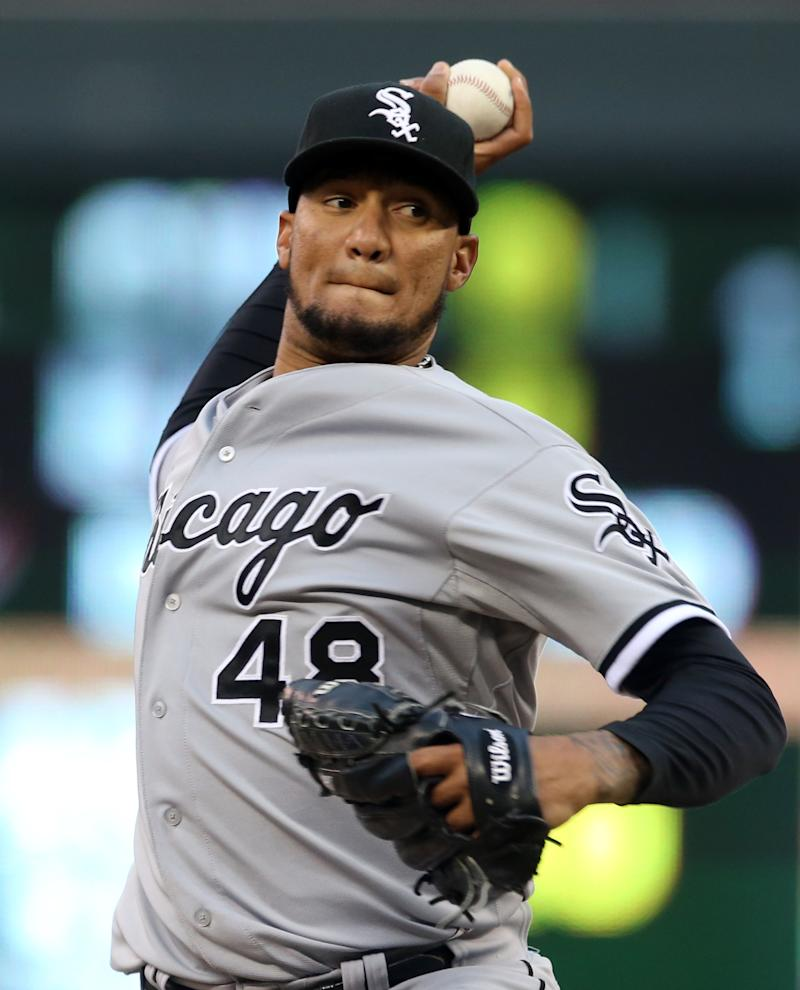 Flowers' 2 homers lift White Sox over Twins