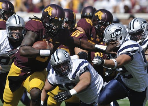 Gray's 4 TDs lead Gophers past New Hampshire 44-7