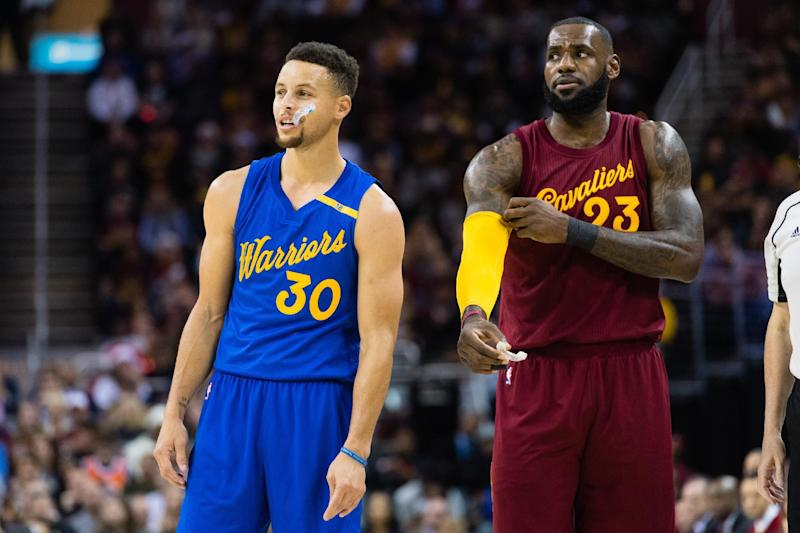 Golden State ease to win over Cleveland Cavaliers in opening game