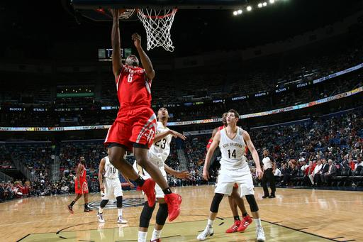 Harden lifts Rockets over Pelicans, 103-100