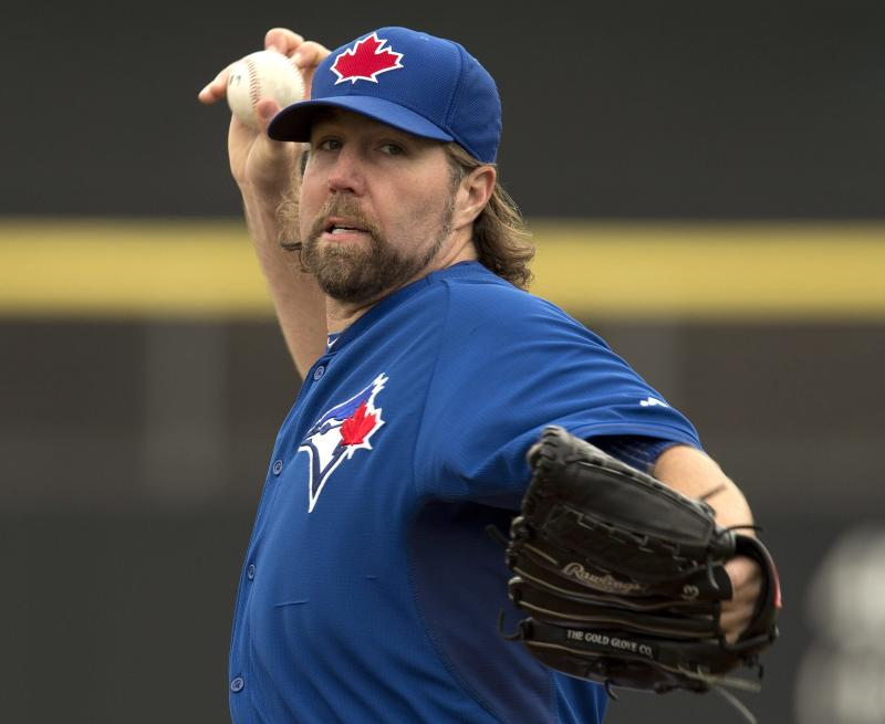 Blue Jays knuckleballer Dickey getting up to speed