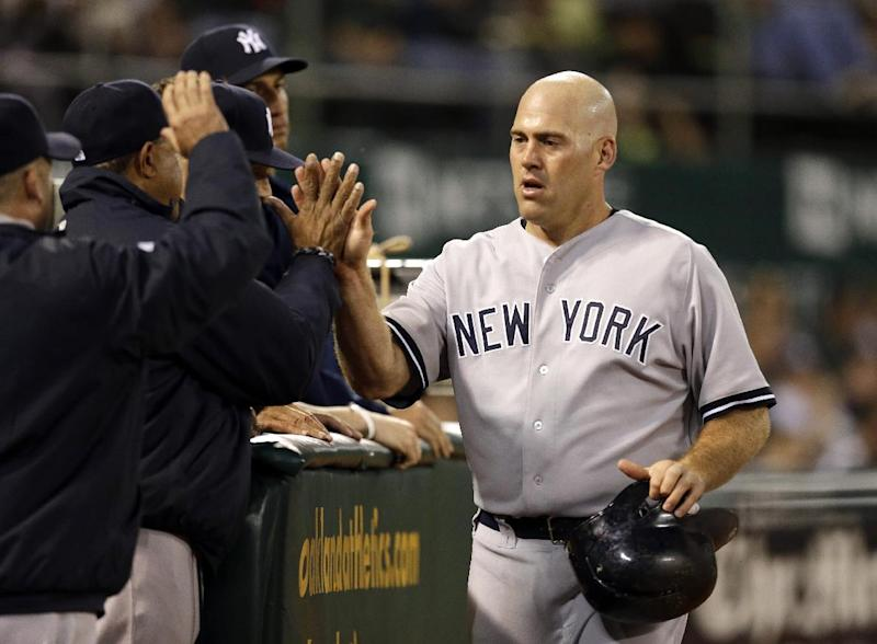 Youkilis agrees to $4M, 1-year deal with Rakuten