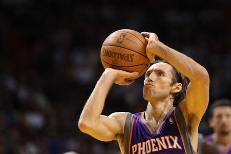 Nash is the Suns' Mr. Clutch. (Photo by Mike Ehrmann/Getty Images)