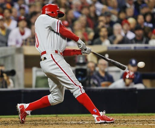 Phillies win 13th straight at Petco Park, 4-1