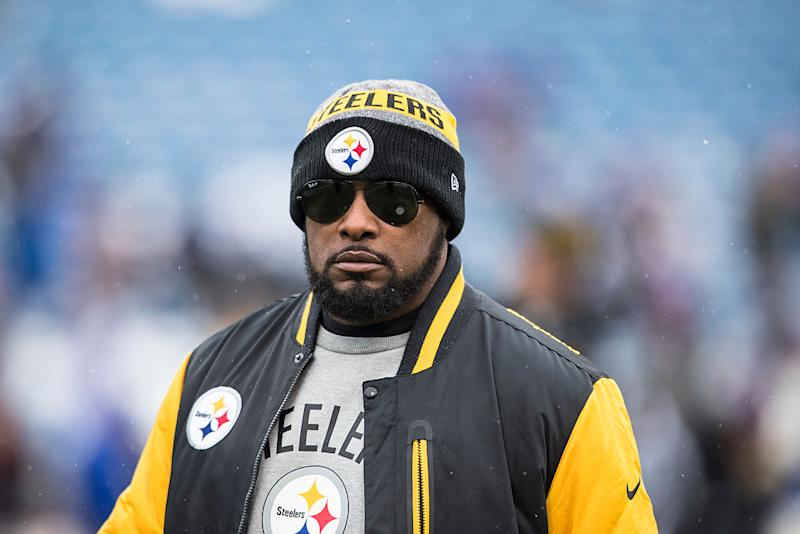 Pittsburgh Steelers head coach Mike Tomlin called out Antonio Brown on Tuesday for his Facebook Live video. (Getty Images)
