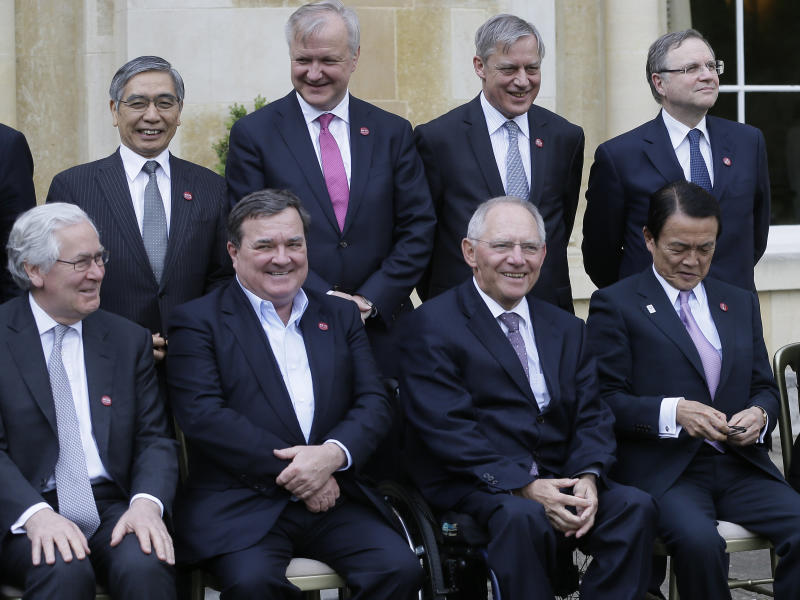 G7 says Japan playing by currency rules