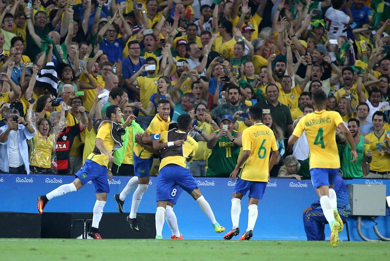 <p>Brazil beat Germany to claim the Olympic gold and exorcise their demons from the past. Neymar, who missed the fateful World Cup semi-final loss against Germany two years back, helped his team edge past Germany 5-4 in the penalties this time. </p>