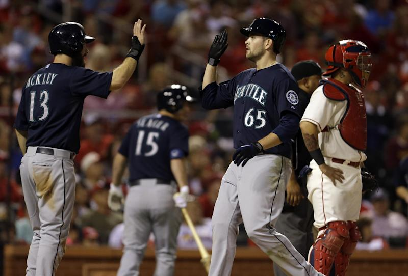 Mariners end 5-game skid, beat Cardinals 4-1