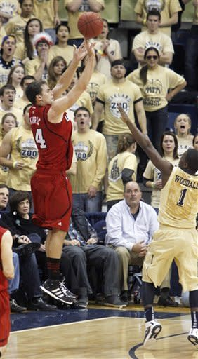 No. 23 Louisville drops Pittsburgh 73-62
