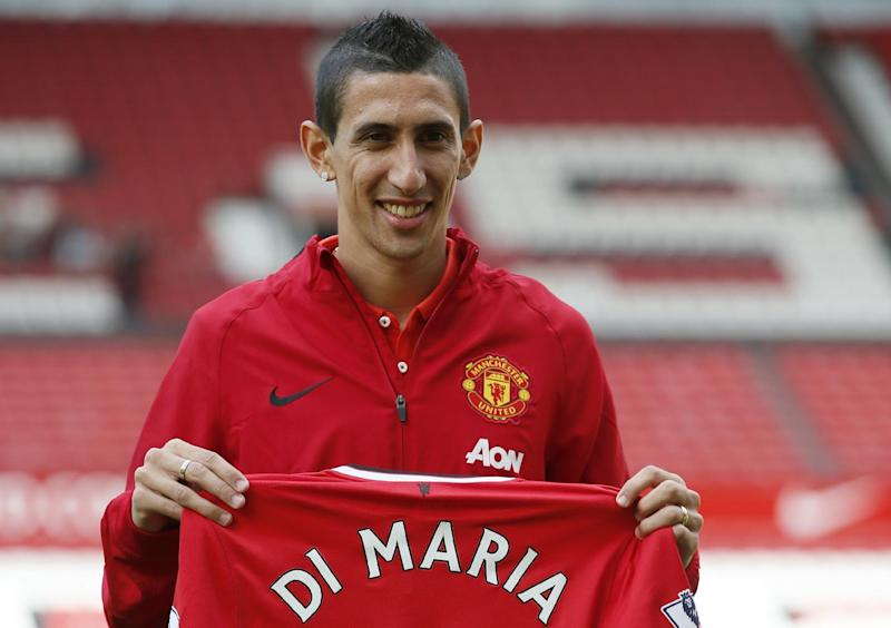 Don't expect miracles from Di Maria, Van Gaal says