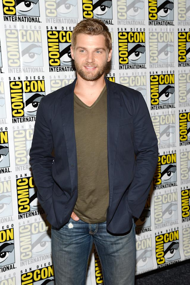"""SAN DIEGO, CA - JULY 20: Actor Mike Vogel attends """"Under The Dome"""" Press Line during Comic-Con International 2013 at Hilton Bayfront on July 20, 2013 in San Diego, California. (Photo by Ethan Miller/Getty Images)"""