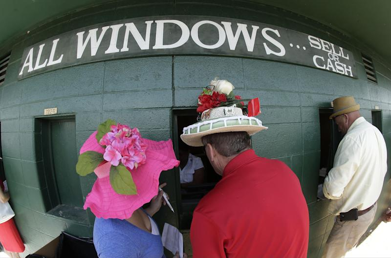 California Chrome favored in 140th Kentucky Derby