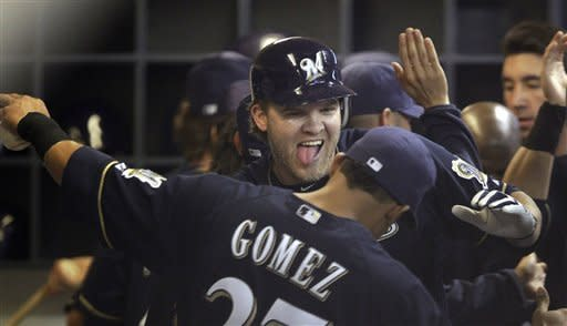 Weeks leads Brewers over Astros, 9-6