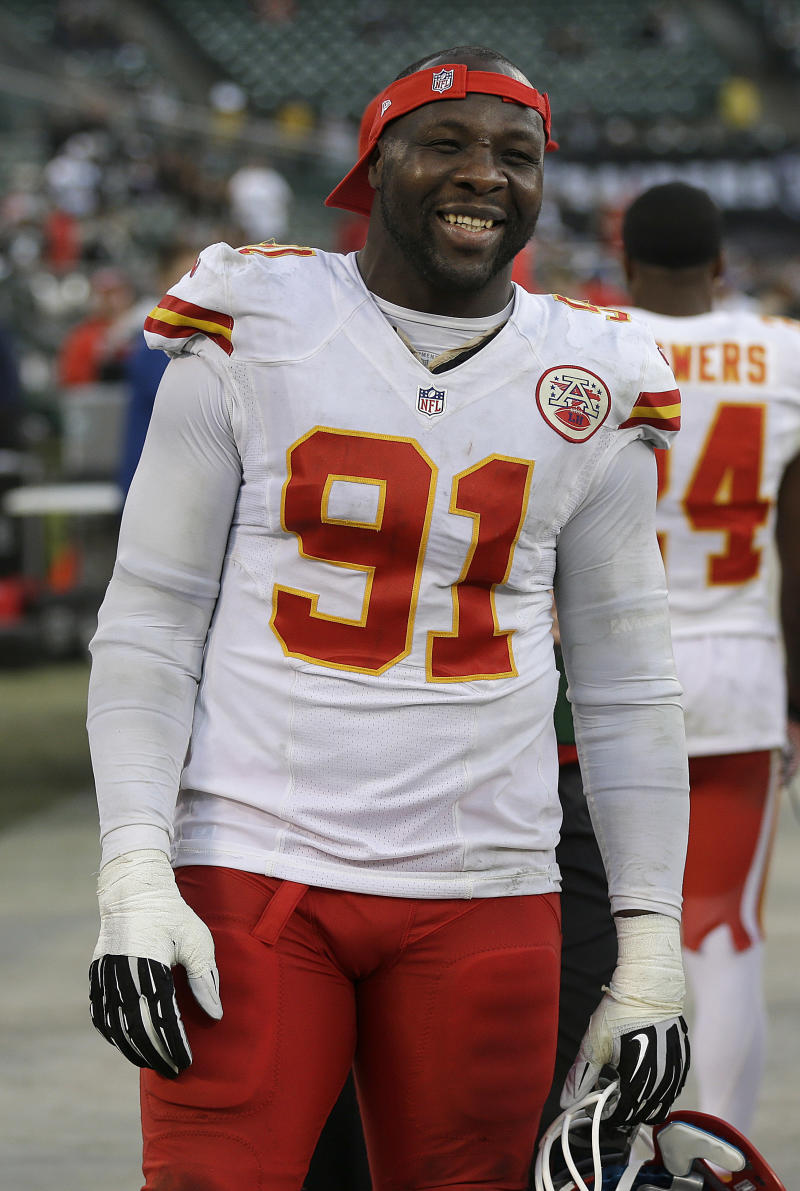 Hali gets start for Chiefs at Indianapolis