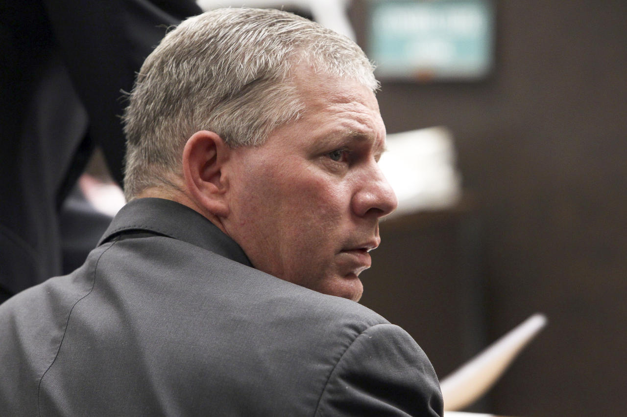 FILE - In this March 5, 2012 file photo, former All-Star outfielder Lenny Dykstra is seen during his sentencing for grand theft auto in the San Fernando Valley section of Los Angeles. Dykstra has been released from prison in California after serving time for bankruptcy fraud. Federal Bureau of Prisons records show the 50-year-old has been freed. A message left for his attorney Christopher Dybwad was not immediately returned Friday, June 21, 2013 .(AP Photo/Nick Ut, File)