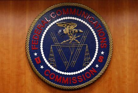 FCC chair wants states to decide on Lifeline providers