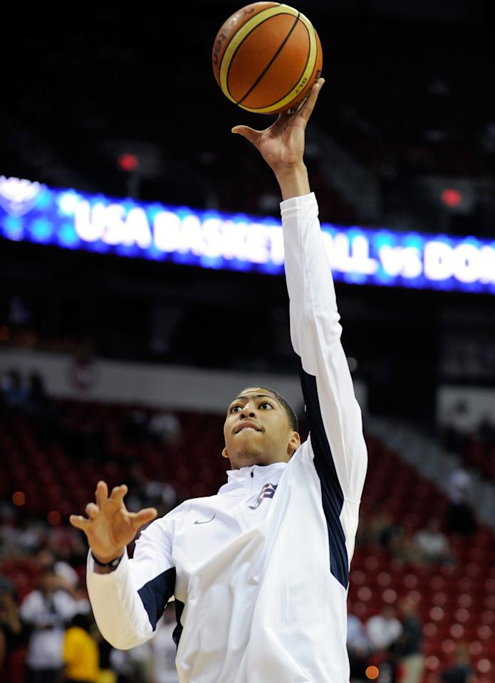 LAS VEGAS, NV - JULY 12:  Anthony Davis #14 of the US Men's Senior National Team warms up before the start of a pre-Olympic exhibition game at Thomas & Mack Center on July 12, 2012 in Las Vegas, Nevada. Davis was a last minute replacement for an injured Blake Griffin.  (Photo by David Becker/Getty Images)