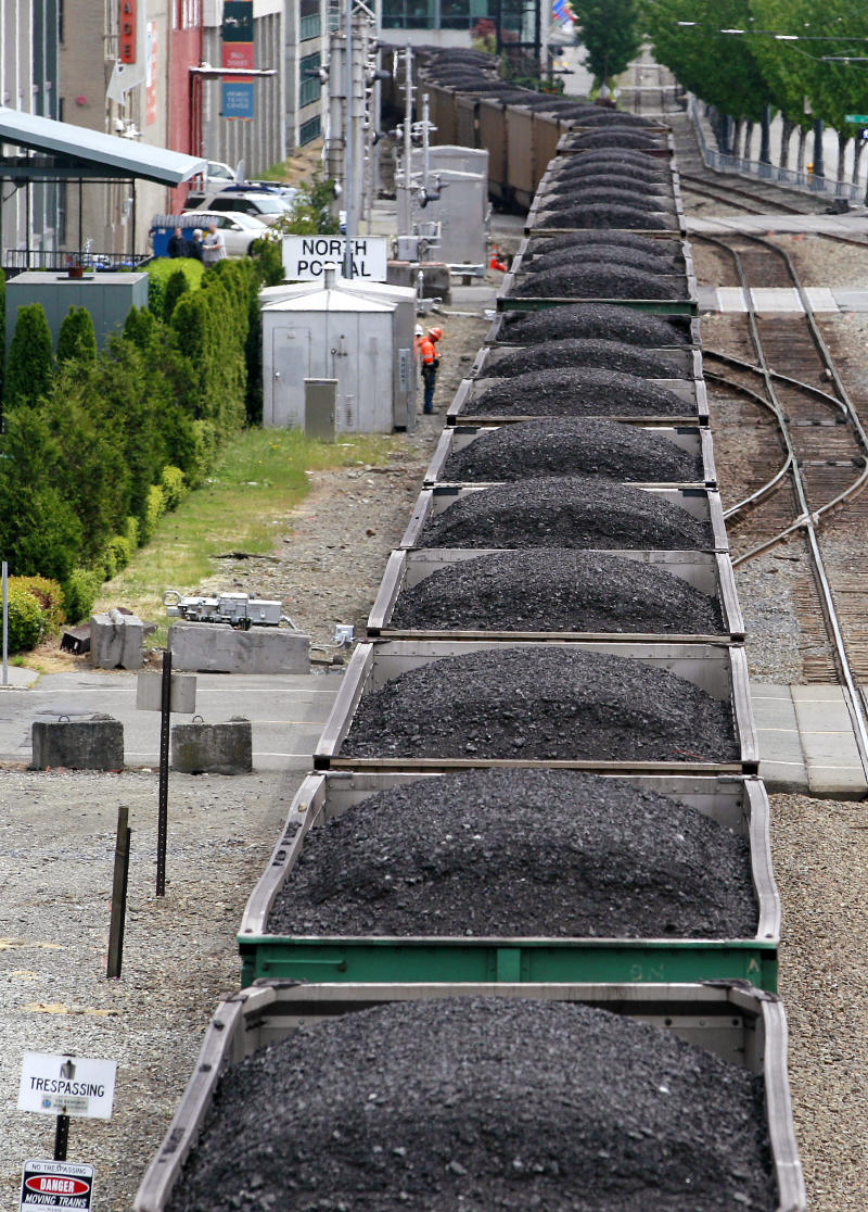 Thousands weigh in on Wash. coal-export plan