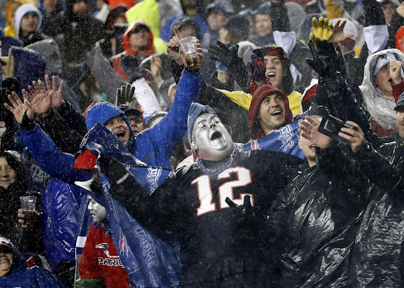 Blount lifts Pats to bye with 34-20 win over Bills