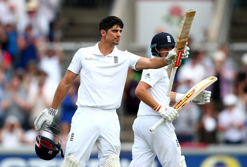 #BringBackKP: Kevin Pietersen bids skipper Alastair Cook goodbye in some style