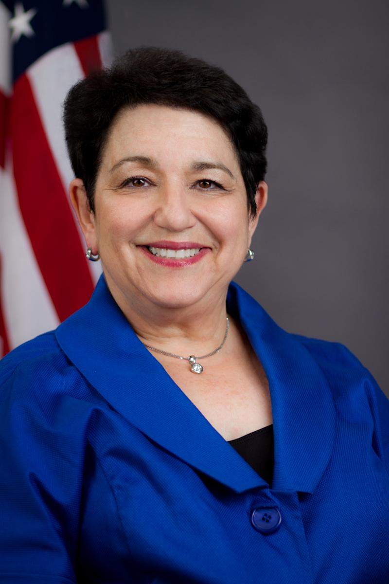 SEC official Elisse Walter chosen to lead agency