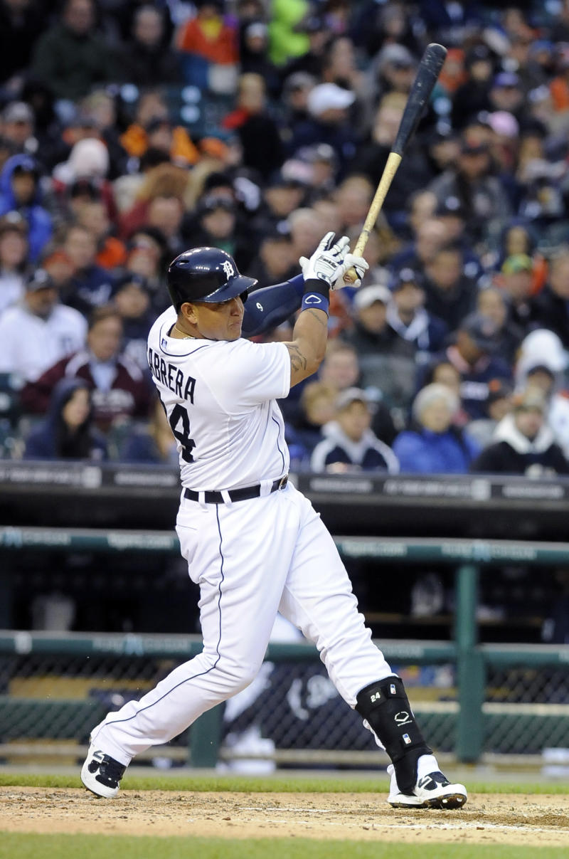 Cabrera homers, Tigers beat White Sox 8-6