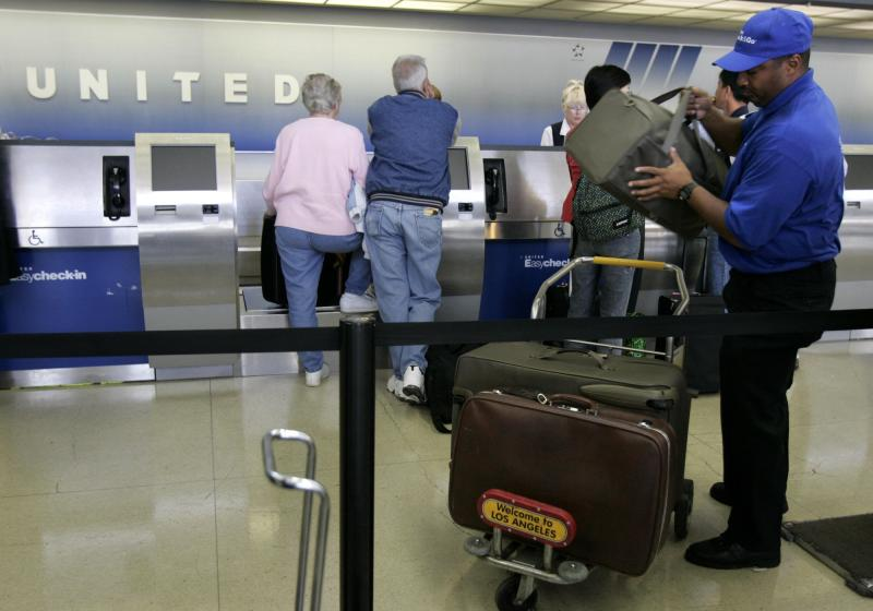 United Aims at Budget Travelers With 'Basic Economy' Fares