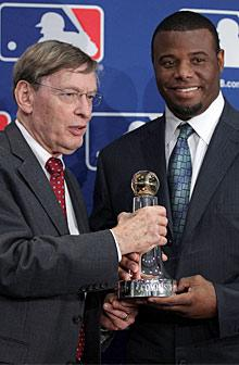 Award reminds Griffey of how he missed out