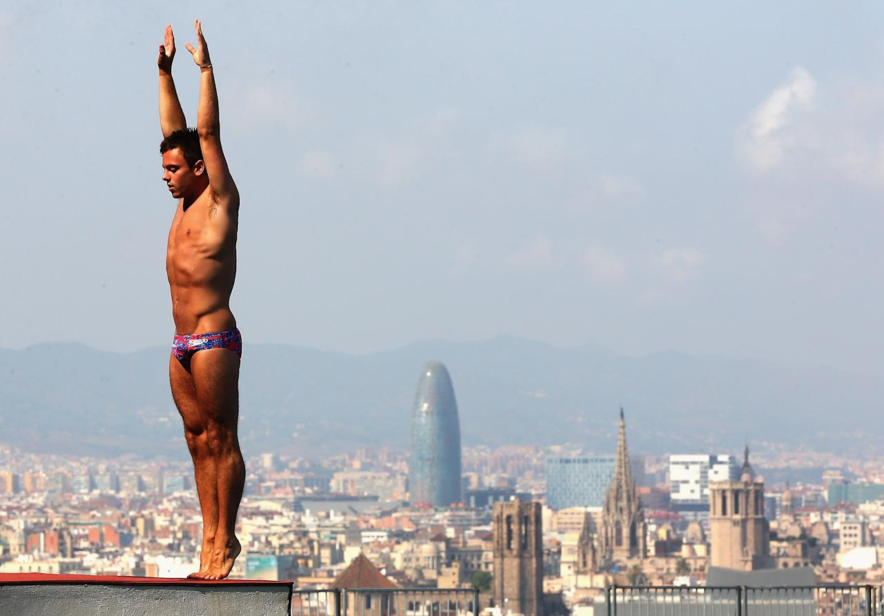 BARCELONA, SPAIN - JULY 18: Tom Daley of Great Britain prepares to dive during a training session ahead of the World Championships on July 17, 2013 in Barcelona, Spain. (Photo by Quinn Rooney/Getty Images)