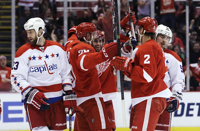 Howard helps Red Wings beat Capitals 4-3 in SO