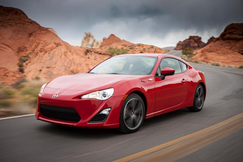 Sexy Scion flagship debuts: FR-S coupe
