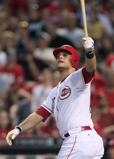 Mesoraco's slam sends Reds over Braves 6-3