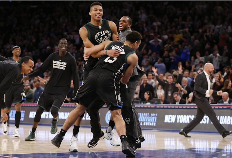Knicks lose sixth straight on Greek Freak's buzzer beater