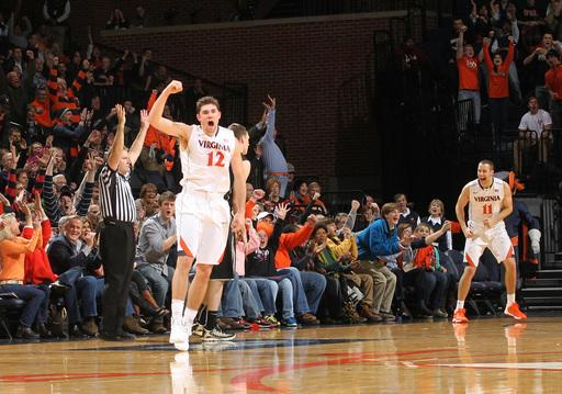 Virginia hammers Wake Forest, 74-51
