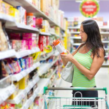 Woman-checking-food-labels_web