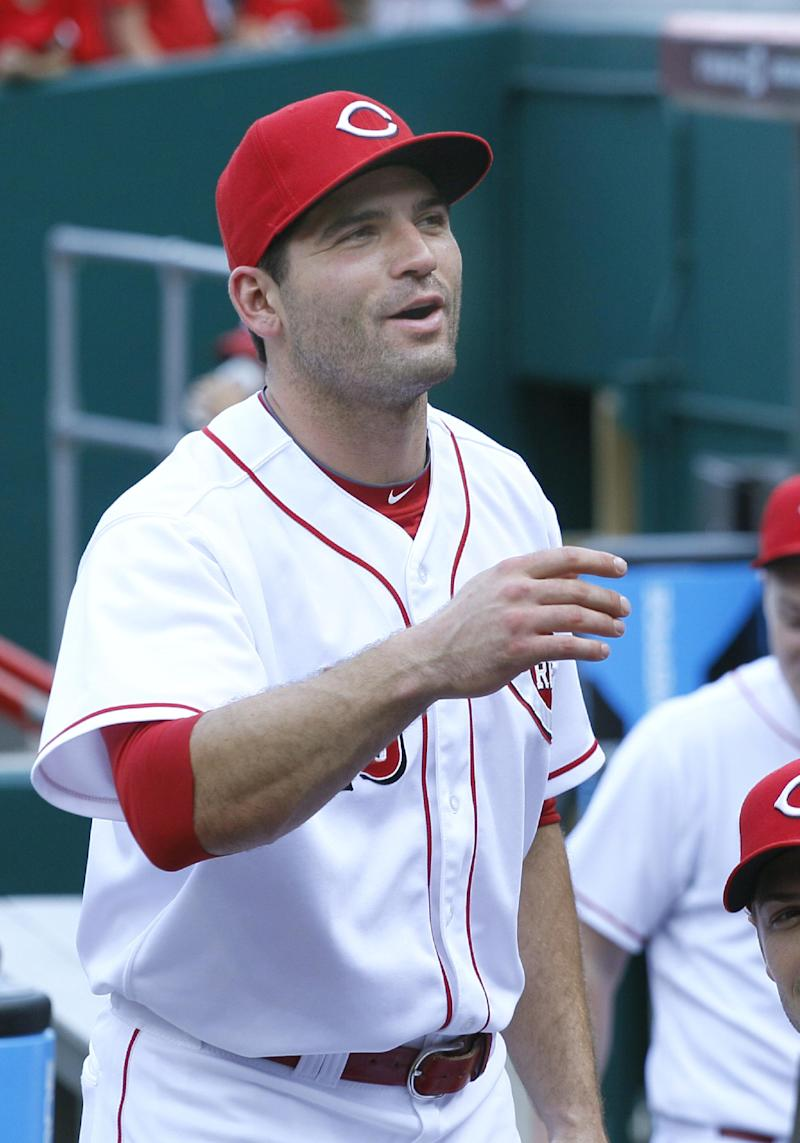 Reds send Votto on rehab assignment