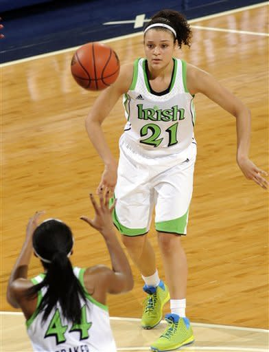 Diggins leads No. 2 Irish women to rout of Rutgers