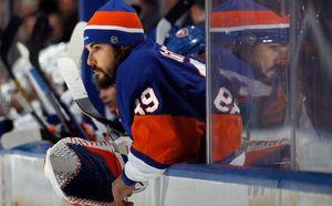 DiPietro's ups and down continue, but teammates, wife always support him