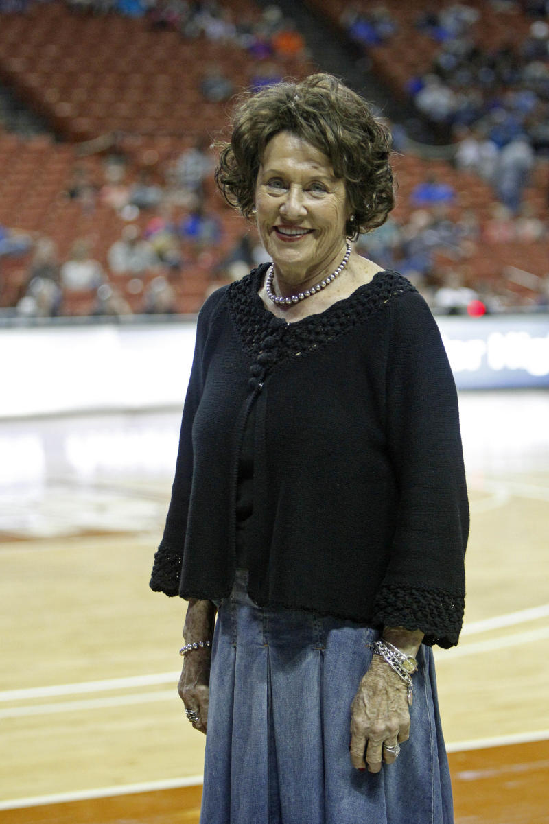 Texas coach with most wins retires after 52 years
