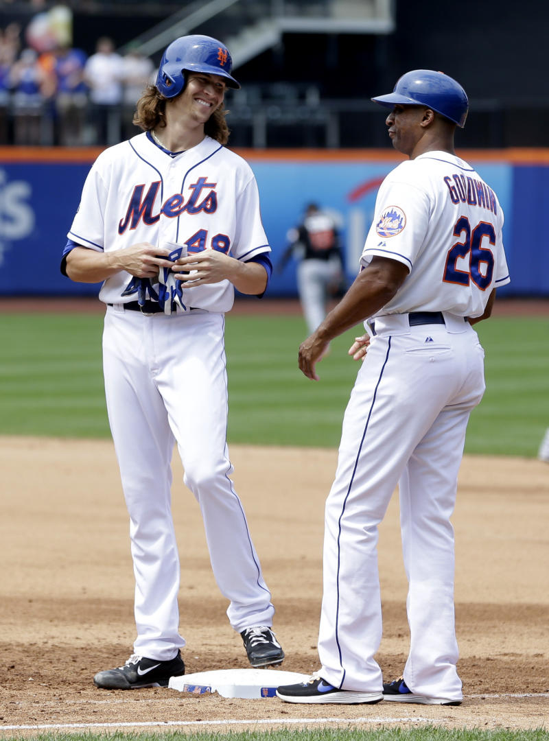 DeGrom leads Mets at plate and mound in win