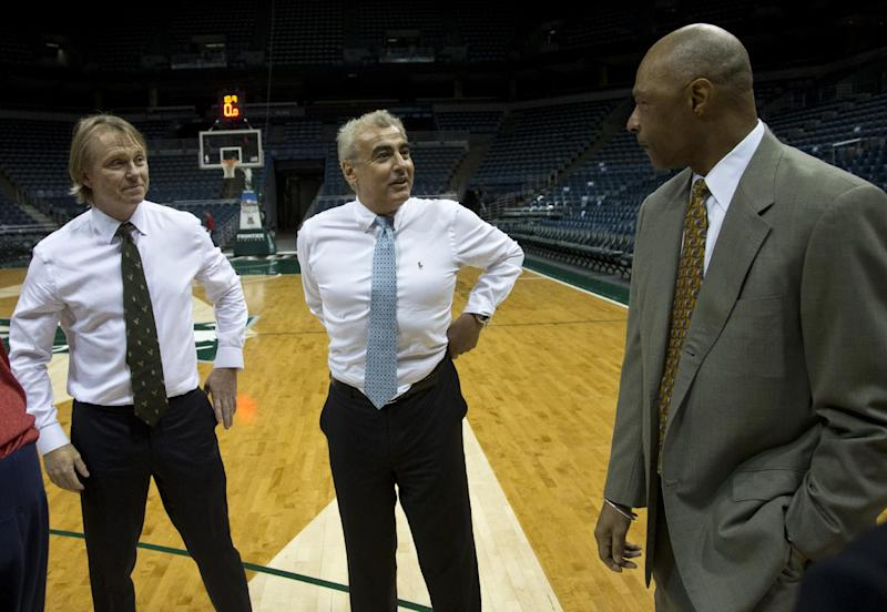 Bucks owner Herb Kohl reaches deal to sell team